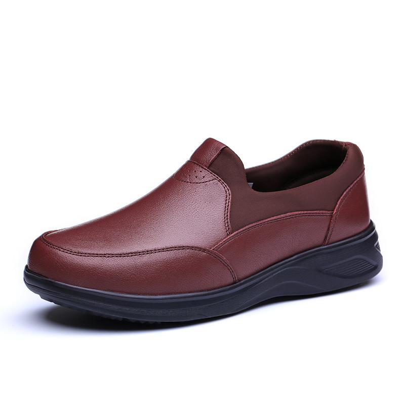 足力健老人鞋 妈妈皮鞋 春季平跟老年健步鞋